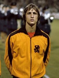 Johan_Cruyff_in_trainingspak_Nederlands_Elftal__kop